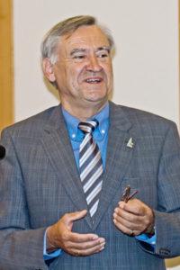 Pfarrer i.R. Ulrich Conrad bei der Eröffnung der Pfarrtags